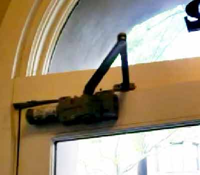 door closer,door closer replacement,door closer repair,door closer installation,closer,hinges,hinge,floor door closer,harlem doors,door repair,door repair NYC,commercial door closer,heavy duty door closer,